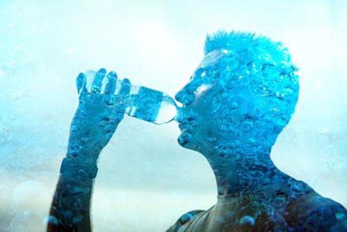 Uống nhiều nước có tác dụng thanh lọc cơ thể